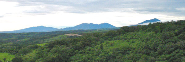 The northern volcanos Tenorio, Miravalles, and La Vieja are visible from this property.