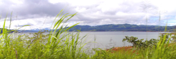 The huge property has in parts broad views of Lake Arenal.