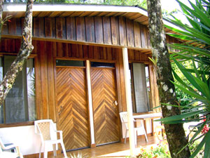 A cabina with 2 rental sides makes a total of 8 rentals on the property.