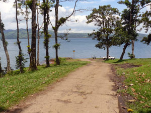The Nuevo Arenal boat ramp is just 300 yards from Lake Park Town Homes.