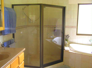 The oversize master shower.