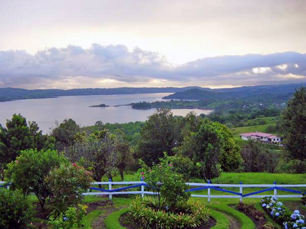 The mountain-top estate has fantastic lake and volcano views.