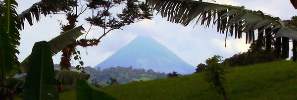 In addition to wonderful views over the neighboring lake, the home has a fine view of the fascinating Arenal Volcano.