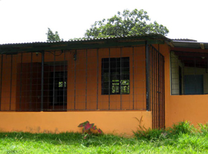 The small Tico home is in very good condition.