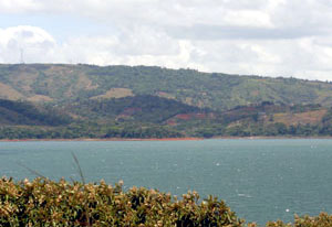 Fros across Lake Arenal, the great variety of terrain is seen in the Aguacate area.