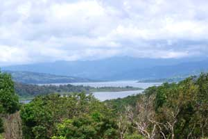 Aguacate is a widespread area with homes, lots, and acreage at various distances from the lake edge.