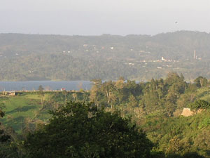 Acroos the lake from El Roble, San Luis, and Tronadora is the town of Nuevo Arenal.