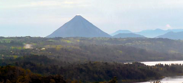 The house has a great Arenal Volcano view.